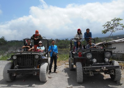 Dua Jeep-Sisa Hartaku-Lava Tour Kaliadem