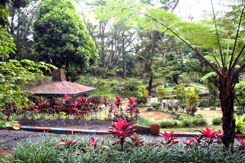 Taman Bermain Anak-anak di Kaliurang