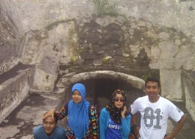 Bunker-Sisa Hartaku-Lava Tour Kaliadem